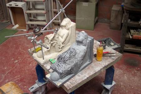 Workshop beeldhouwen workshop smeden bij paul dekker in tielrode - Steen ijzer smeden ...